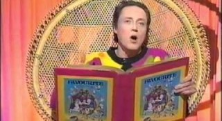 Christopher Walken Reads The Three Little Pigs